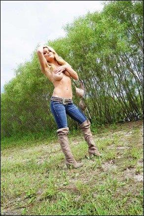 meet-madden-jeans-boots-07