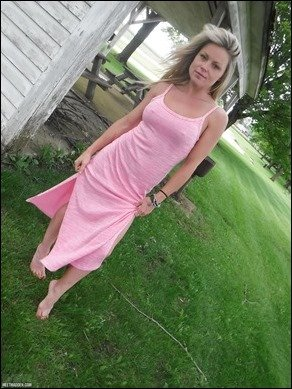 meet-madden-pinkdress-09