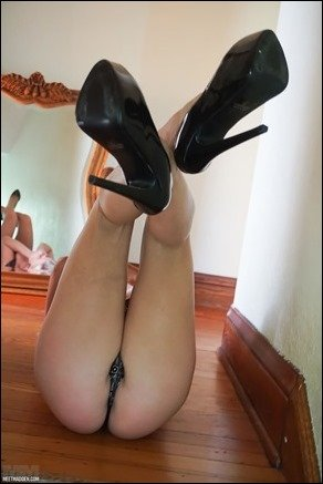 meet-madden-heels-mirror-04