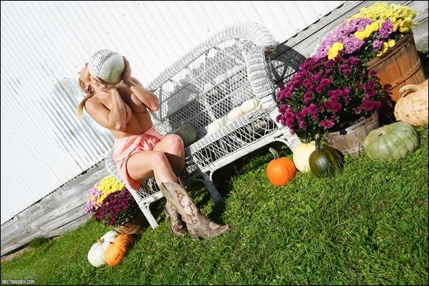 meet-madden-halloween19-10