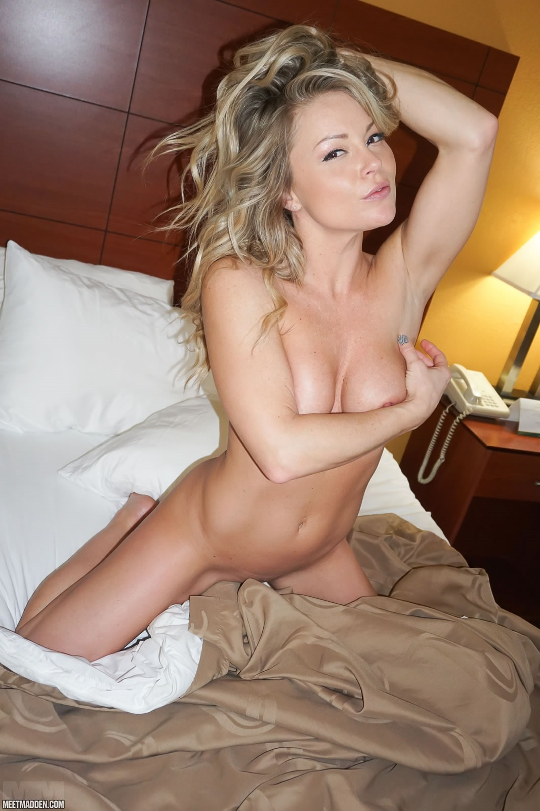 Meet naked