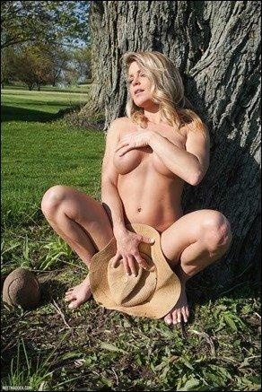 meet-madden-planting-hat-12