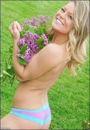 meet-madden-purple-flowers-09