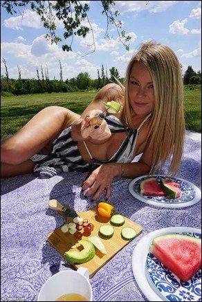 meet-madden-picnic-08