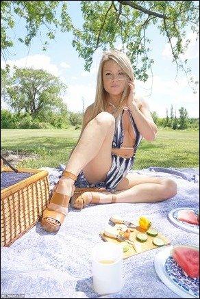 meet-madden-picnic-09