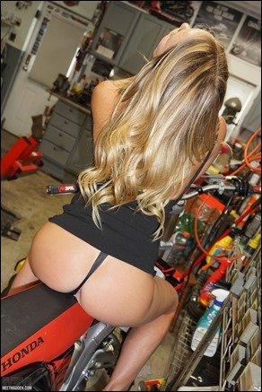 meet-madden-bike-heels-07
